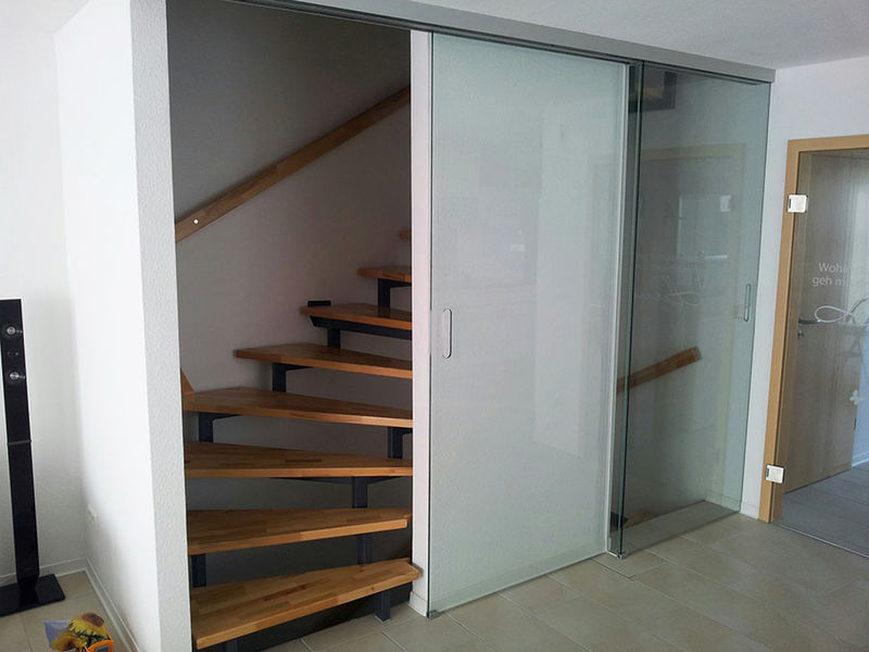 Glasabtrennung für ein Treppenhaus: Sinsheimer Glas